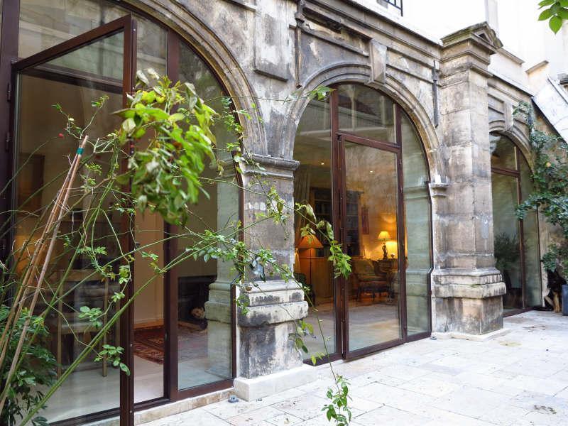 Gros plan sur appartement atypique pour les amoureux du vieux paris immob - Immobilier atypique paris ...