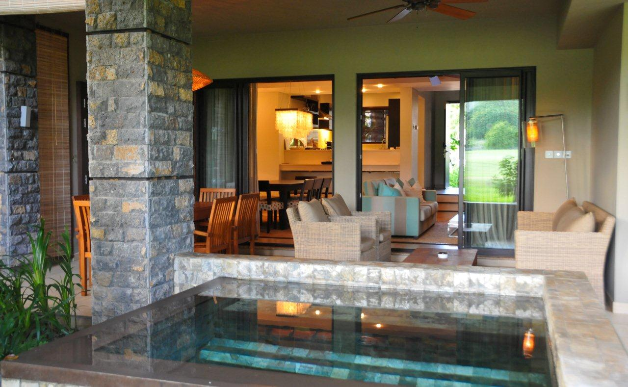 Maison de luxe avec piscine quartier adamante ile maurice immobilier de prestige for Maison moderne de luxe avec piscine